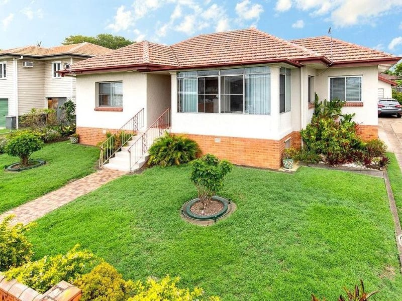 15 Delsie Street, Cannon Hill, Qld 4170