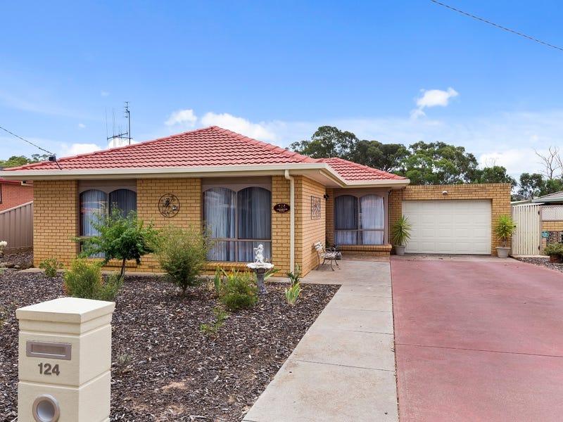 124  Lockwood Road, Kangaroo Flat, Vic 3555