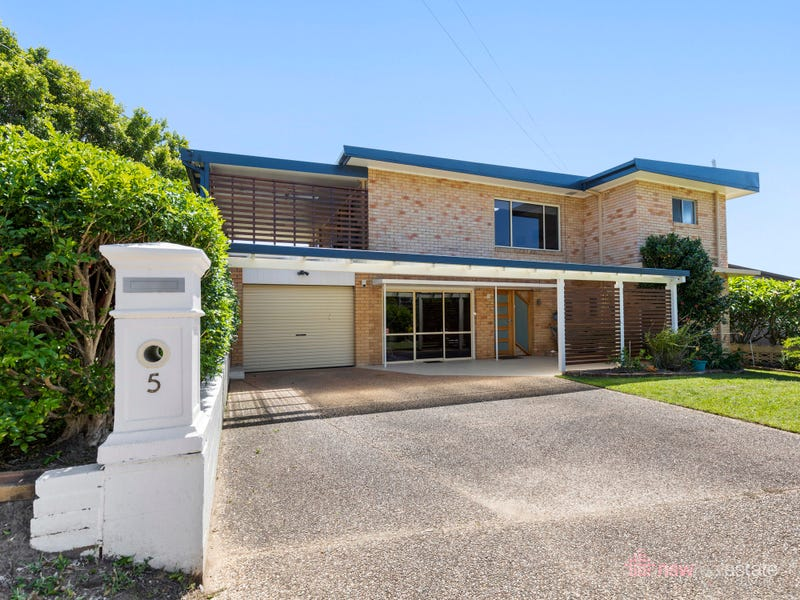 5 Sandy Beach Road, Korora, NSW 2450