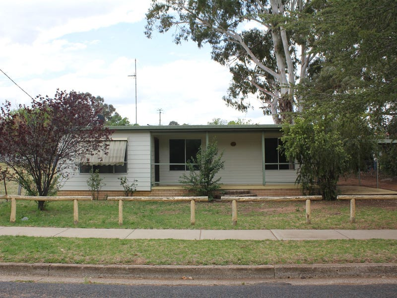 17 Campbell Street, Coolah, NSW 2843