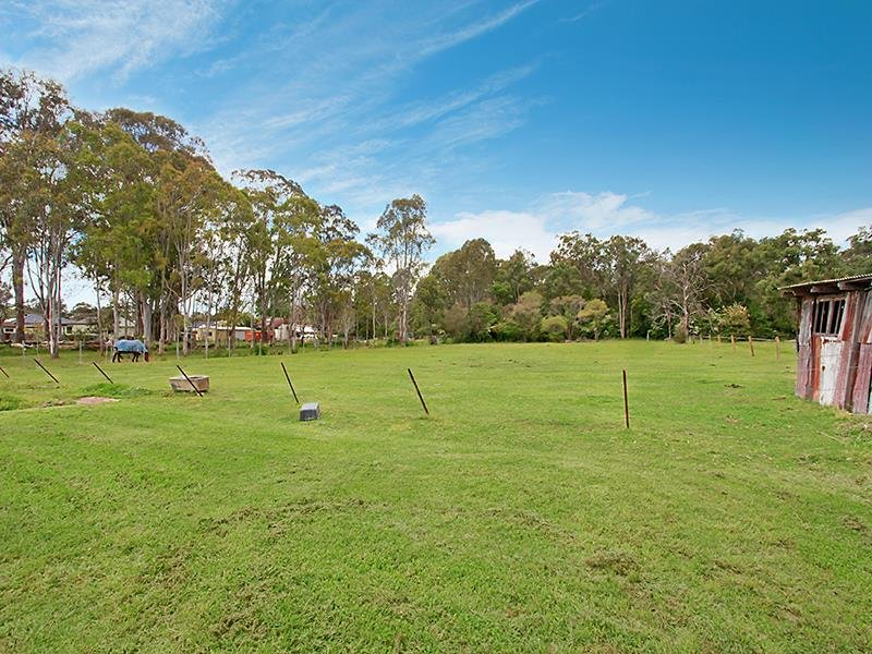 Address available on request, Holmesville, NSW 2286