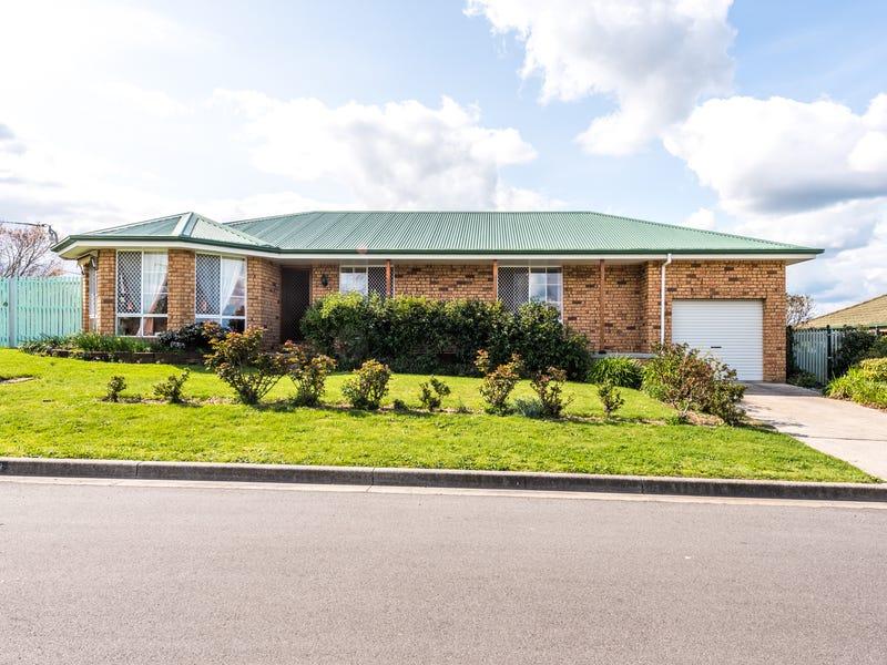 14 Swan Avenue, Longford, Tas 7301