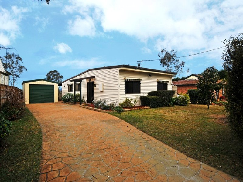 12 Olton Street, Aylmerton, NSW 2575