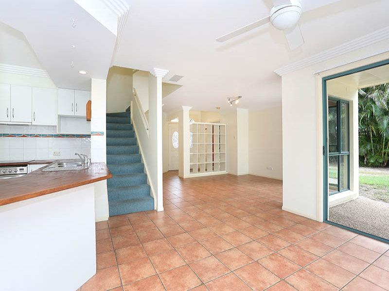 24 Schooner Court, Banksia Beach, Qld 4507
