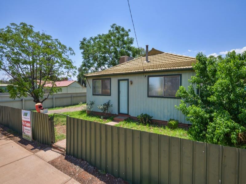 3 Plumer Street, Williamstown, WA 6430