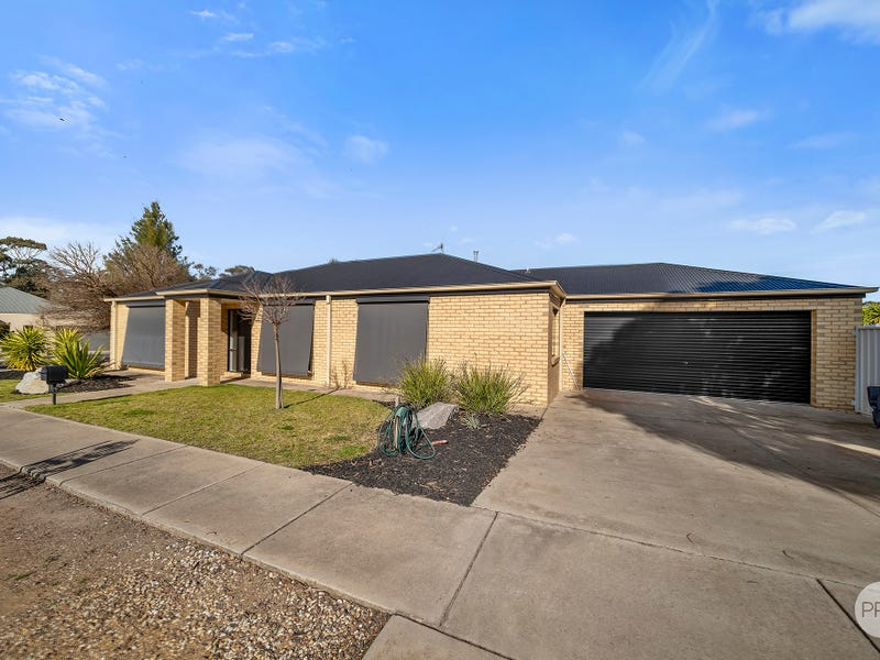 1 Woodlands Drive, Eaglehawk, Vic 3556