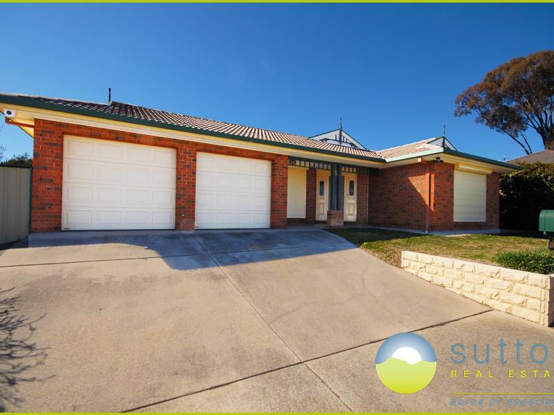 71 Brudenell Drive, Jerrabomberra, NSW 2619