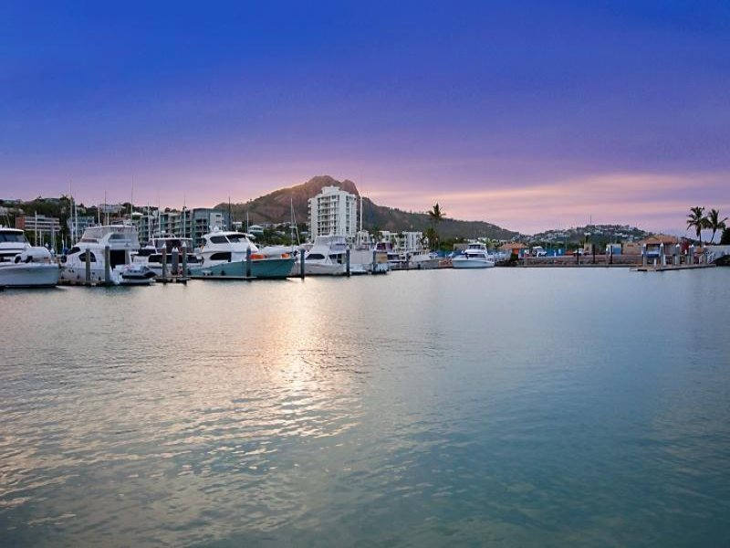 21 Sir Leslie Thiess Drive, Townsville City, Qld 4810