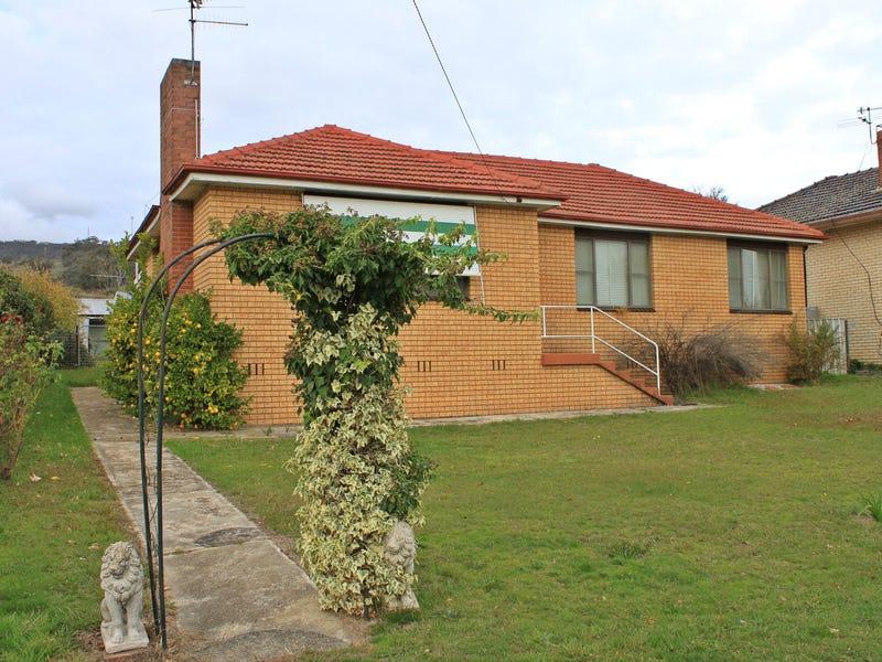 88 Winton Street, Tumbarumba, NSW 2653
