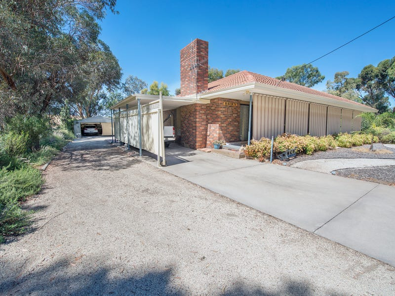 529 Lakeside Drive, Lake Boga, Vic 3584