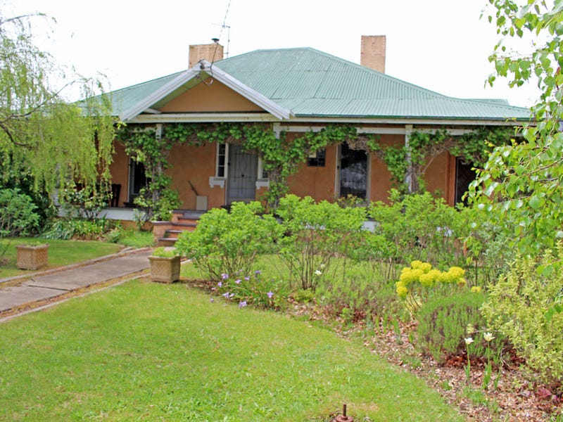 40  Maybe Street, Bombala, NSW 2632