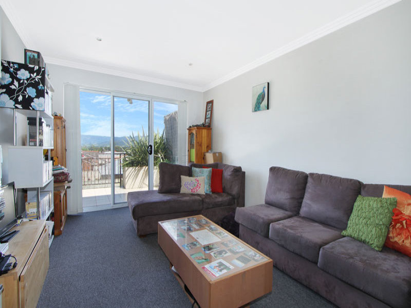 2/71 Central Avenue, Oak Flats, NSW 2529