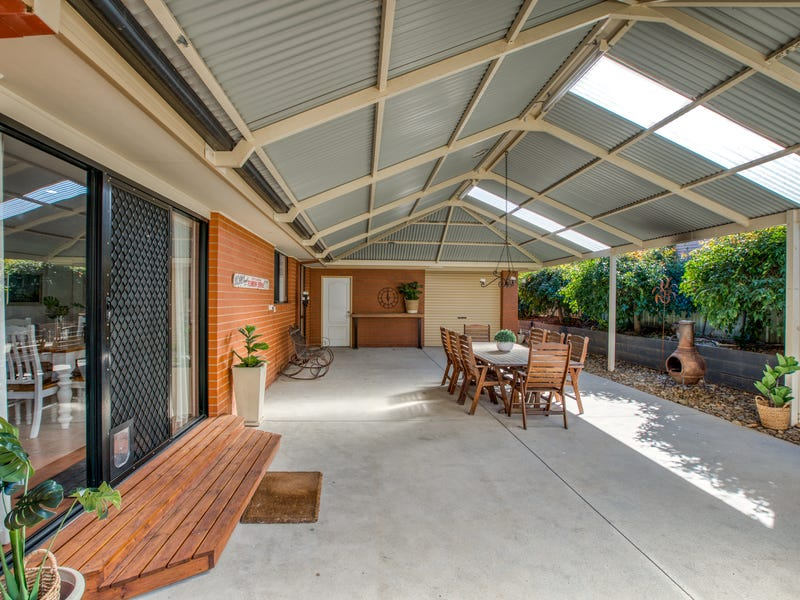 51 Darrambal Drive, Springdale Heights, NSW 2641
