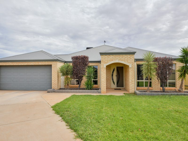 28 Nganka Way, Hannans, WA 6430