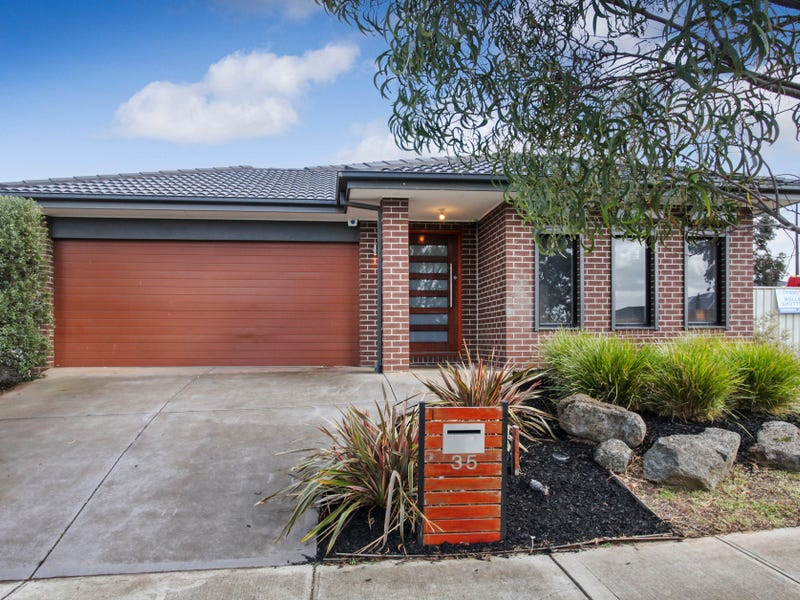 35 Mallow Street, Brookfield, Vic 3338