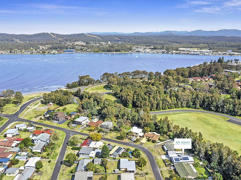 61 Timbara Crescent, Surfside, NSW 2536