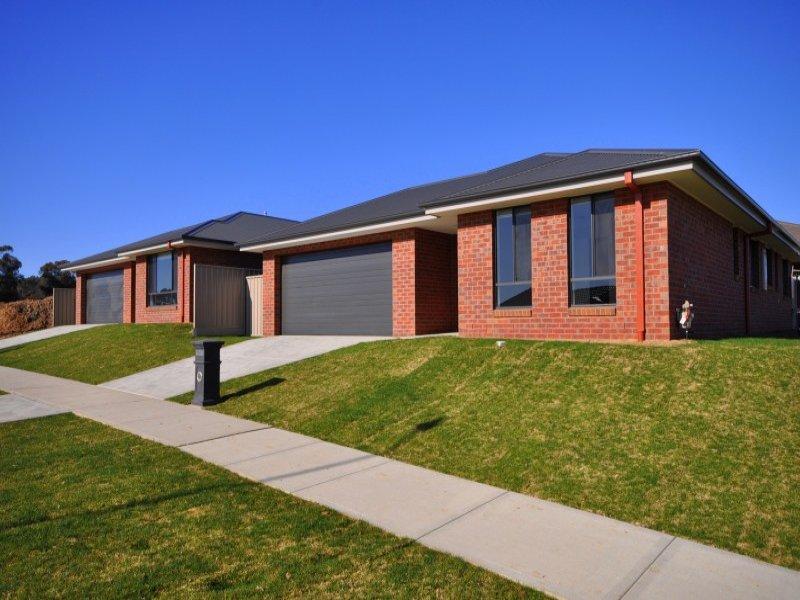 1 & 2/3 Charolais Court, Thurgoona, NSW 2640