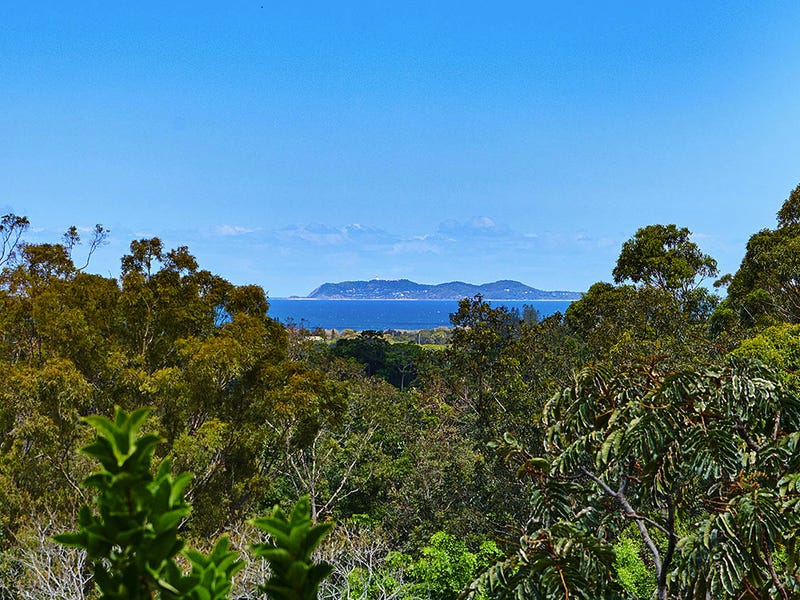 39 Yalla Kool Dr, Ocean Shores, NSW 2483