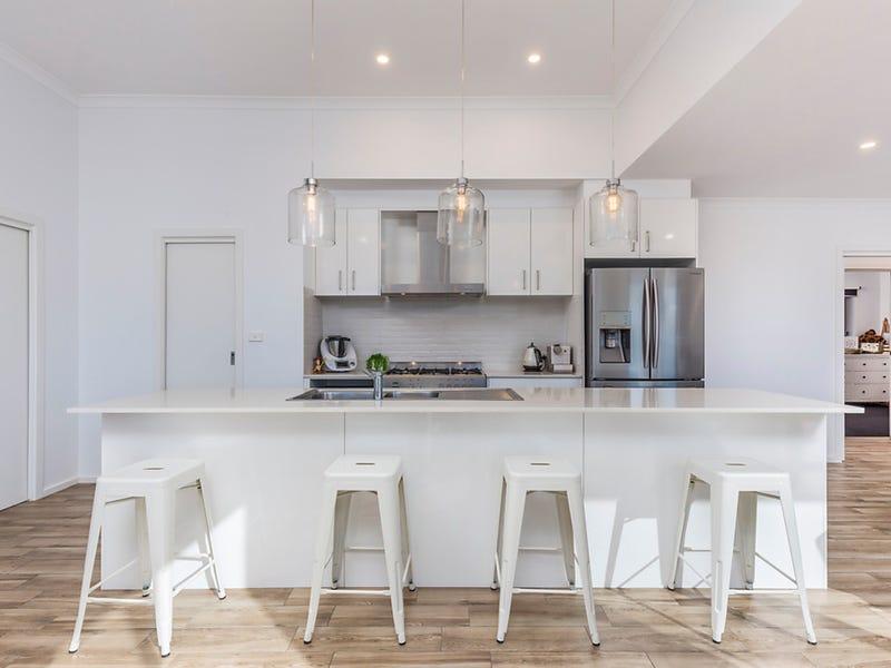 14 Styles Street, Googong, NSW 2620