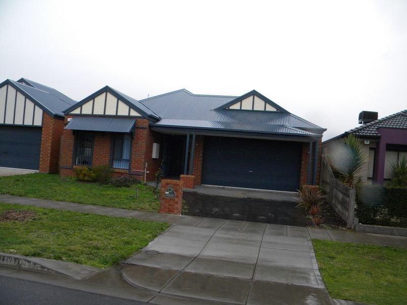 6 Hal Porter Terrace, Lynbrook, Vic 3975