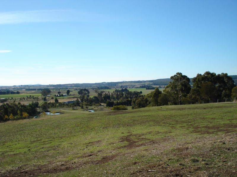 Cummins Road, Mount Rowan, Vic 3352