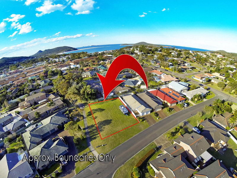205 Rocky Point Road, Fingal Bay, NSW 2315