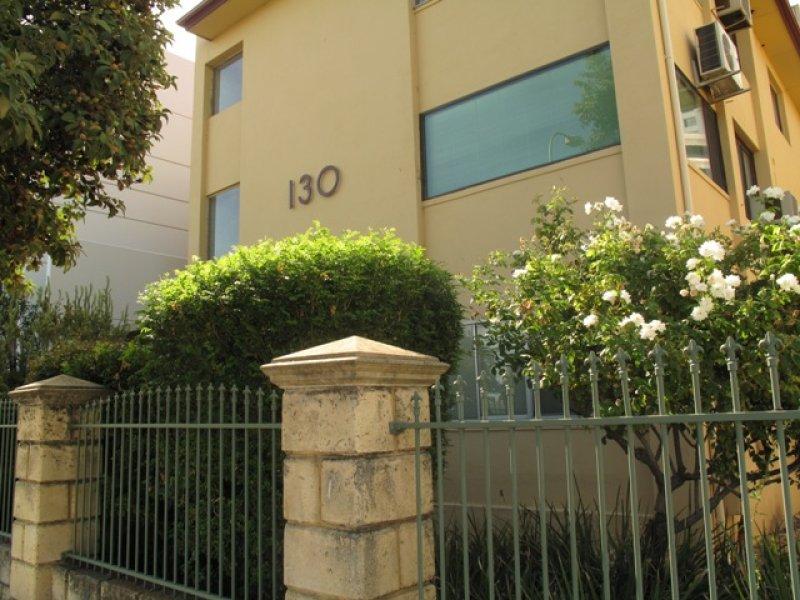 1/130 Terrace Road, Perth
