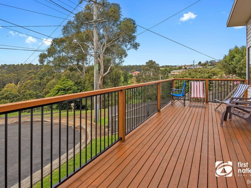 22 Federal Street, Upper Burnie, Tas 7320