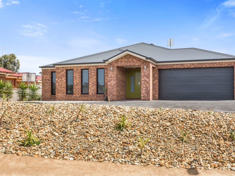 13 Londonderry Way, Epsom, Vic 3551