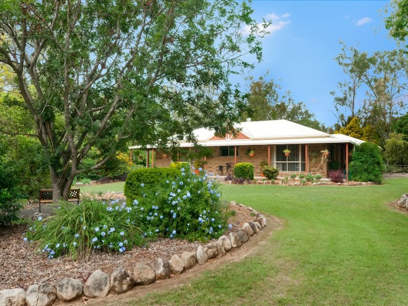 23 Sycamore Street, Walloon, Qld 4306