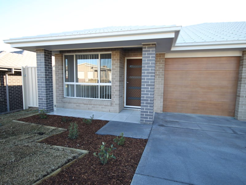 1/21 Mulconda Close, Tamworth