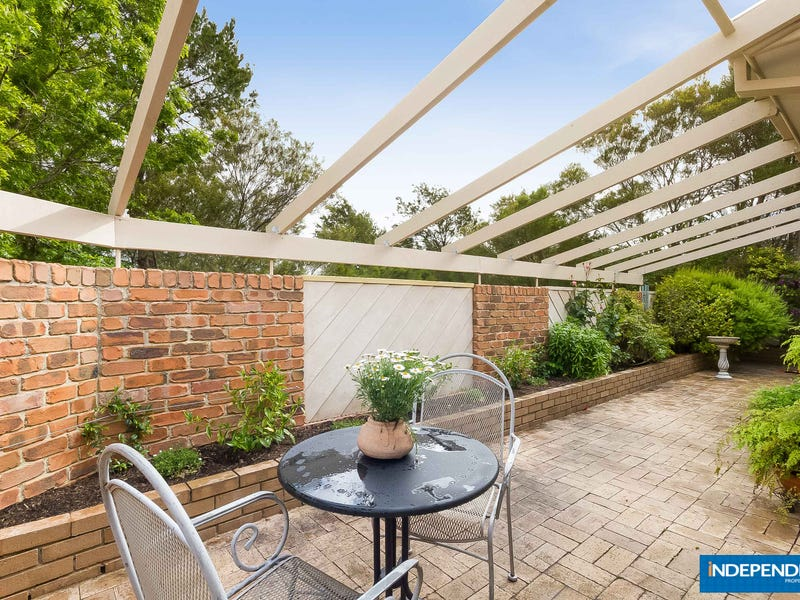 6 Rossan Place, Isaacs, ACT 2607