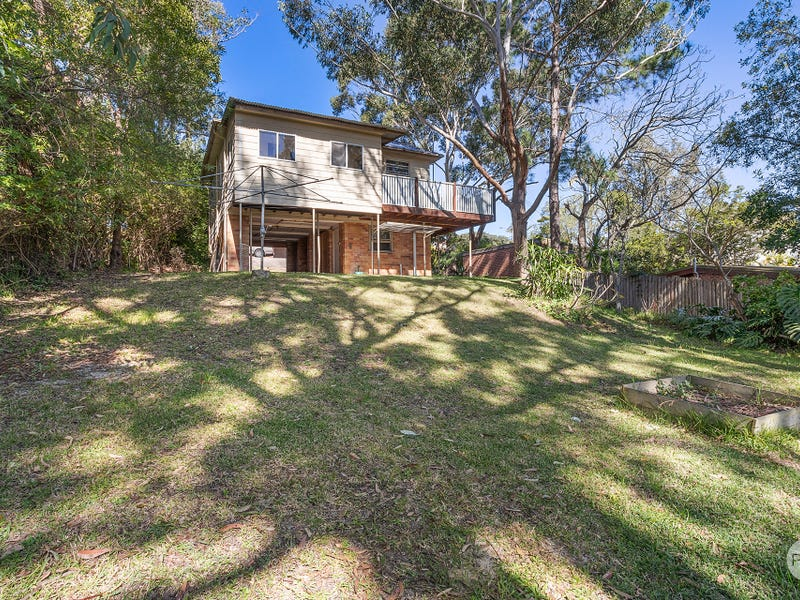 42 Yoolarai Crescent, Nelson Bay, NSW 2315