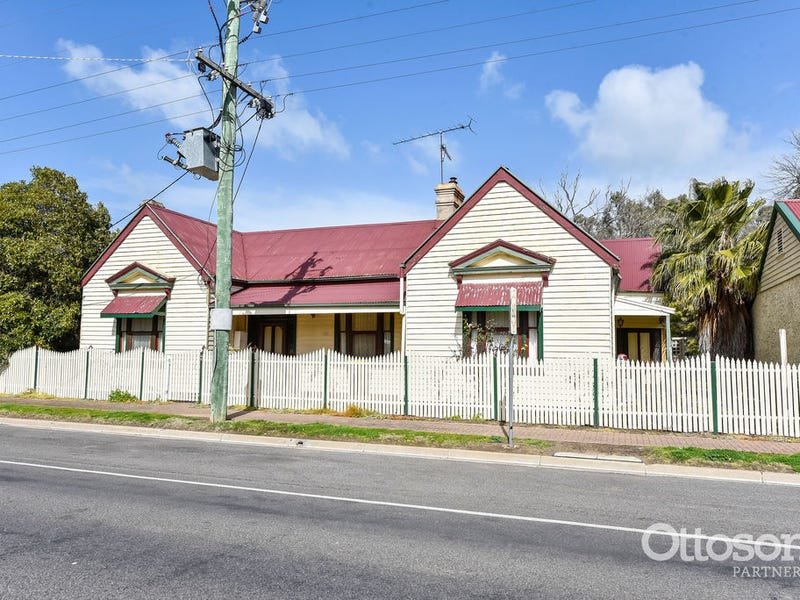 69 Wallace Street, Apsley, Vic 3319