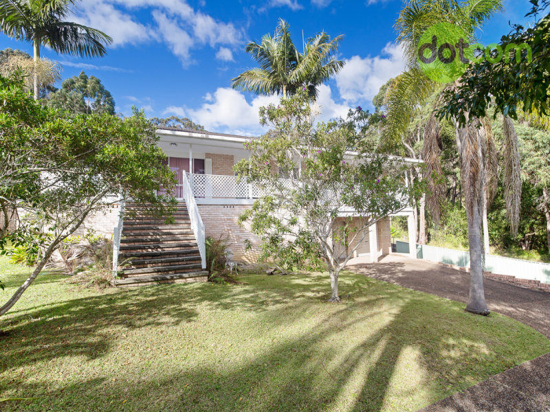 8 Crosswinds Close, Nords Wharf, NSW 2281