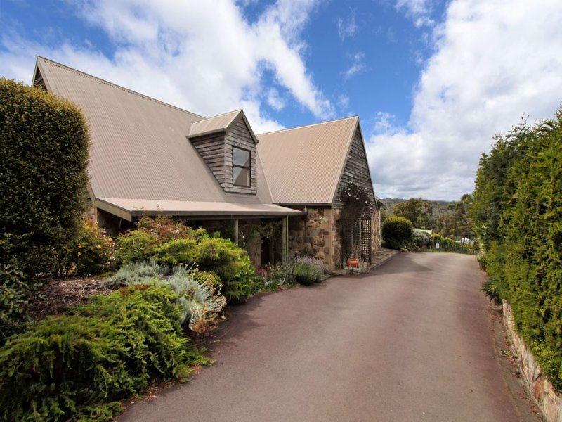 100 Saddle Road, Kettering, Tas 7155