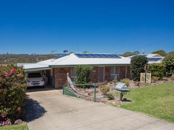 31 Railway Tce, Crows Nest, Qld 4355