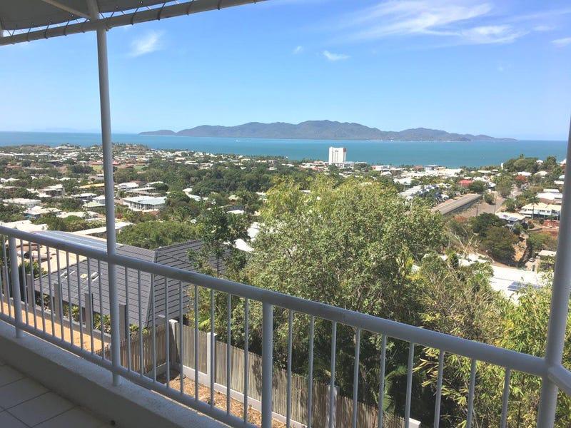 2/13 Hillside Crescent, Townsville City