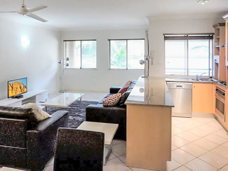 1123/2 Greenslopes Street, Cairns North, Qld 4870