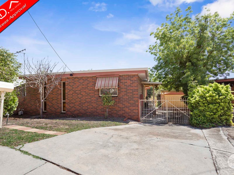 7 Mayo Court, Golden Square, Vic 3555