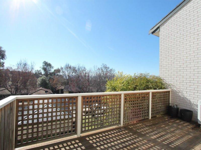 32 Ribbon Gum Place, Bathurst, NSW 2795