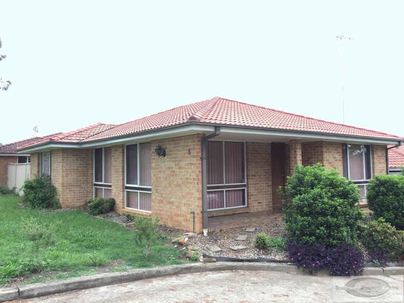 1/8 Clydesdale Drive, Blairmount, NSW 2559