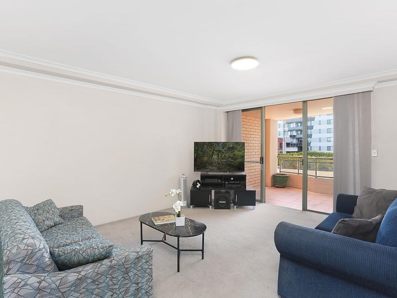 36/107 Pacific Highway, Hornsby