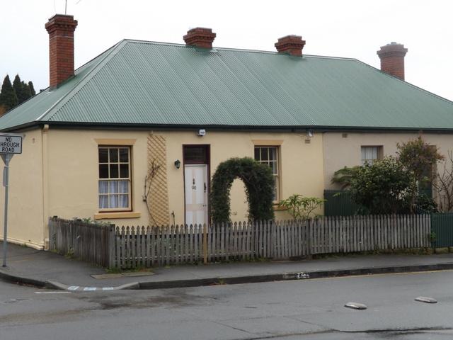90 Queen Street, Sandy Bay, Tas 7005