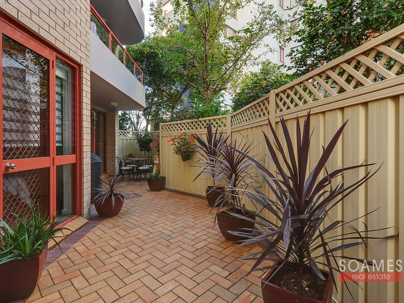 84/208 Pacific Highway, Hornsby, NSW 2077