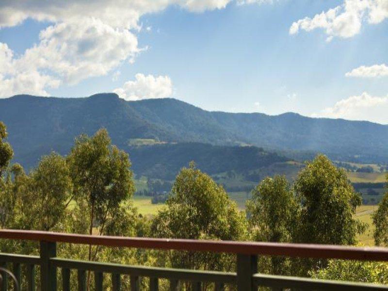 3 Mountain View Terrace, Avondale, NSW 2530