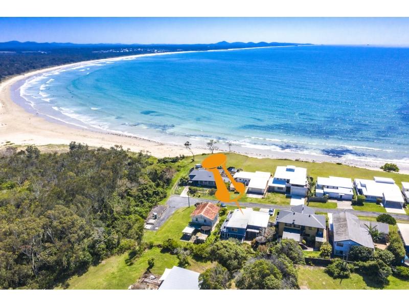 15 First Ave, Arrawarra Headland, NSW 2456