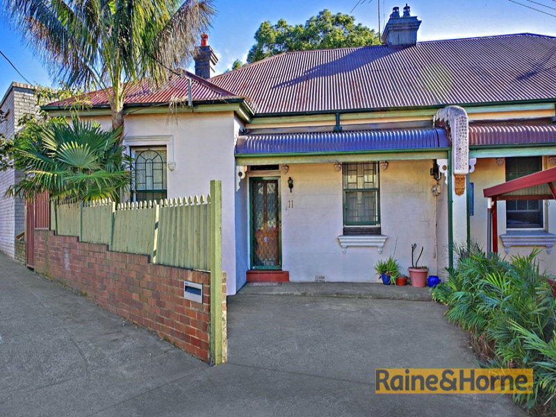11 Forest Road, Arncliffe, NSW 2205