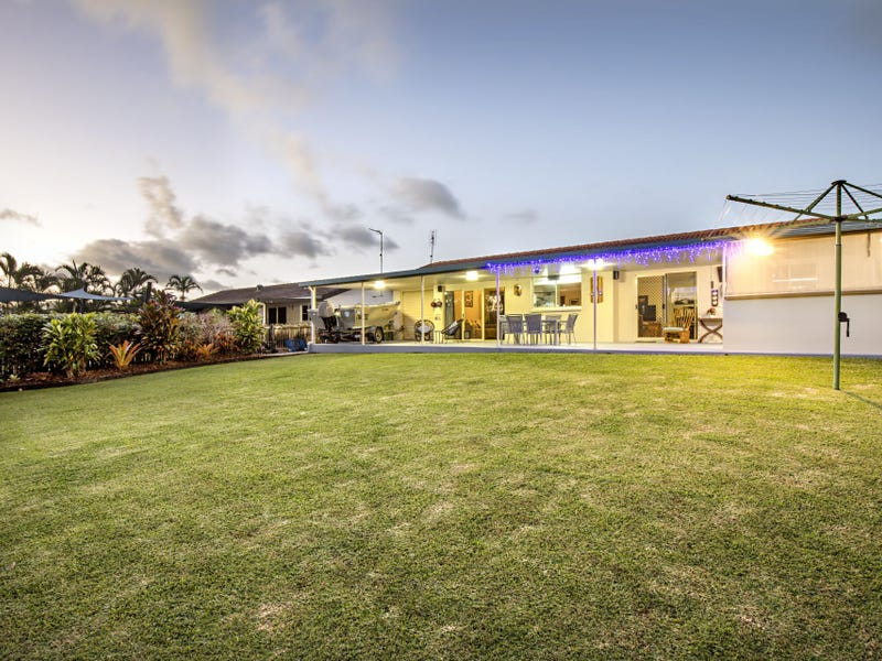 40 Valley Drive, Cannonvale, Qld 4802