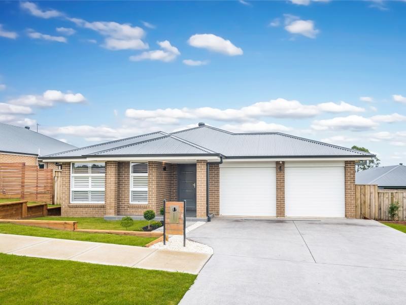26 Baker Street, Moss Vale, NSW 2577